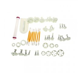 14 Piece Cake Decorating Kit